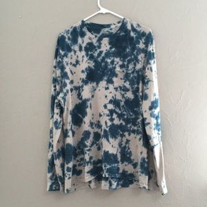 Tops - NWOT Long Sleeve Tye Dye Pocket Tee Shirt